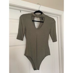 Olive green 3/4 sleeved body suit